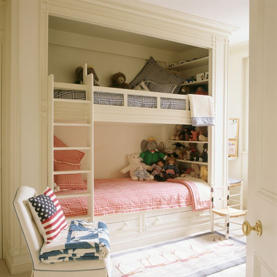 2Classic-cream-painted-childs-bedroom-with-built-in-bunk-beds-Homes--Gardens-Housetohome