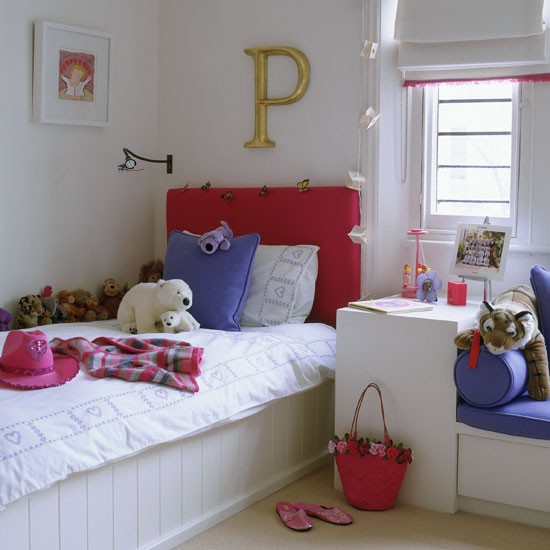 4Classic-pale-painted-childs-bedroom-with-oversized-gold-letter-Homes--Gardens-Housetohome